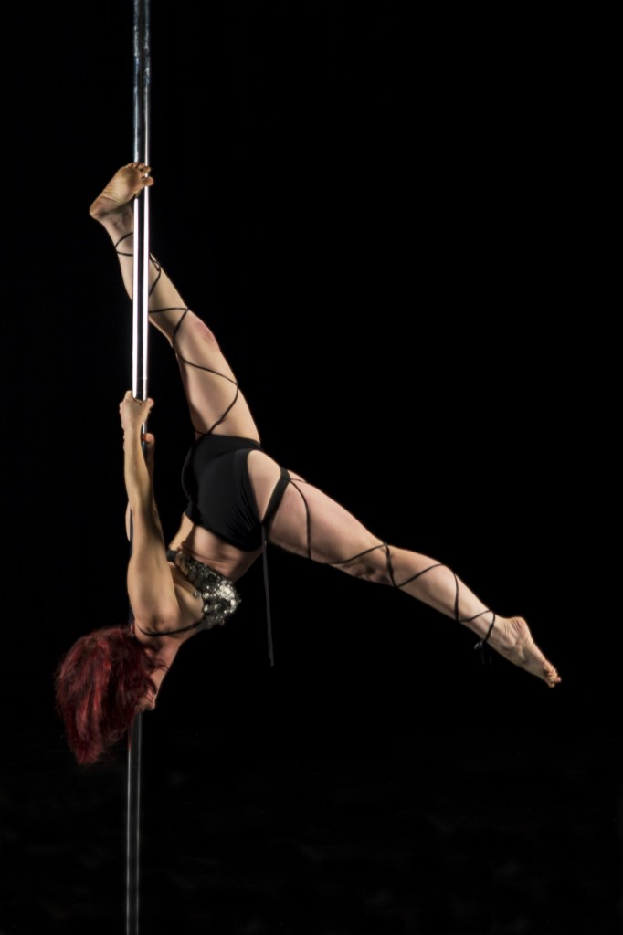 Pole dance - Contact us